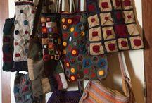 Malas em crochê / Malas feitas à mão com materiais inteiramente portugueses