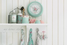 Products I Love / by Shabby Art Boutique