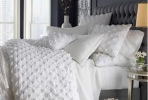 home: bedroom / by Janice Einarson