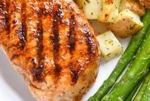 Pork Recipes / We have you covered with pork recipes! From pork chop recipes, pulled pork recipes, pork loin recipes, we have pork dishes that will please all!