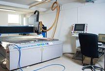 CNC ponuka služieb / Ponúkame zákazkové frézovanie na CNC zariadení. Vieme opracovať rôzne materiály ako drevo,plast,kov,polystyrén....