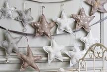 Ideas para colgar / Manualidades que ayudaran a embellecer tus paredes / by Xitlali Olvera