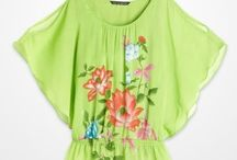 Falling for Florals / Nothing says spring like vibrant floral prints! / by K&G Fashion