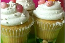 Who Loves Cupcakes? / I LOVE Cupcakes! Here are my favorite fun ideas... / by Meagan Paullin