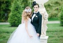 Wedding Pic Faves / My favorite wedding pics from across the web. / by Belle Memorie