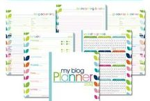 Printable Planners / Build the perfect binders to stay organized - Homemaking, Blogging, & Calendars.