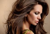 Beauty & Hair / by Simona Mihail