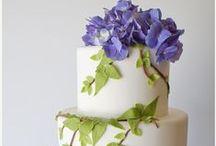 Cakes: Garden / Beautiful garden themed wedding cakes. #wedding #cake #weddingcake #gardenwedding #gardencake #gardenweddingcake #flowercake #flowerweddingcake