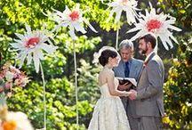 Aisles and Altars: Whimsical and Cute / Wedding aisles and Altars with a cute whimsical touch. #wedding #whimsicalwedding #whimsicalweddingtheme #whimsicalthemedwedding #whimsicalweddingstyle #whimsicalweddingdecor #balloonwedding #giantflowerswedding