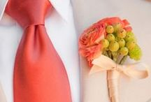 Boutonnieres: Peach and Coral / Lovely boutonnieres for your peach or coral wedding. #boutonnieres #buttonholes #groom #groomflowers #wedding #peachboutonniere #peachbuttonhole #coralboutonniere #coralbutttonhole