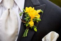 Boutonnieres: Gold and Yellow / Gold and yellow boutonnieres. #boutonnieres #buttonholes #groom #groomflowers #wedding #goldboutonniere #goldbuttonhole #yellowboutonniere #yellowbuttonnhole