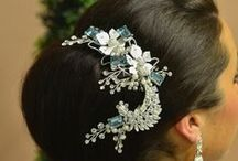 Bridal Headgear: Clips and Combs / Clips and combs to express your personal bridal style. #wedding #bridal #bridalaccessories #weddingaccessories #headpiece #bridalheadpiece #bridalstyle #weddingstyle #bridalstyle #clip #comb #hairclip #haircomb #bridalhairclip #bridalhaircomb