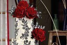 Cakes: Vintage: Lace / Vintage wedding cakes featuring lace details.   #wedding #cake #weddingcake #vintagewedding #vintagecake #vintageweddingcake #shabbychicwedding #shabbychiccake #shabbychicweddingcake #lacewedding #lacecake #laceweddingcake #vintagelacewedding #vintagelacecake #vintagelaceweddingcake