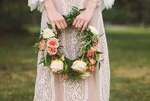 Bouquets: Wreath / Wreath shaped bridal bouquets. #wedding #weddingbouquet #bridalbouquet #wreathbouquet #wreathbridalbouquet #wreathweddingbouquet #bridalwreath #weddingwreath