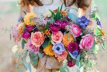 Bouquets: Mixed / Mixed colored floral bridal bouquets. #wedding #weddingbouquet #bridalbouquet #mixedbouquet #mixedbridalbouquet #mixedweddingbouquet