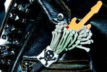 Boutonnieres: Gothic and Rock 'n Roll / Dark, gothic, and rock n roll themed boutonnieres. #boutonnieres #buttonholes #groom #groomflowers #wedding #gothicwedding #rocknrollwedding #gothicboutonniere #gothicbuttonhole #rocknrollboutonniere #rocknrollbuttonhole #gothwedding