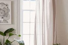 Home Staging - Wall & Windows Inspiration / | Wall Art | Gallery Walls | Window Coverings | Window Treatments | Curtains |