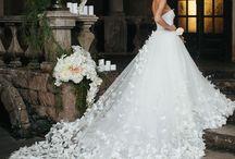 Bröllops, blommor, bröllopskläning / jag gillar vackra bröllop, färger, prakt och stil