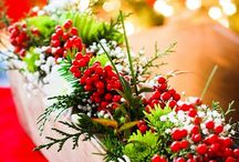 Christmas Decoration Ideas / Christmas flower arrangements and holiday decorations