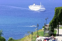 Kusadasi / Kusadasi (near Ephesus ) is a great holiday resort located at West Coast of Turkey by the Aegean Sea coast..
