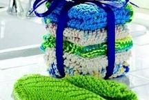 Crochet / by Dorothy Jordan