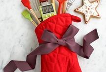 Christmas Favors, crafts, & clever ideas / by Regina Burnett