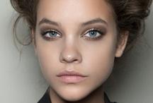 Makeup / by Monica Grue