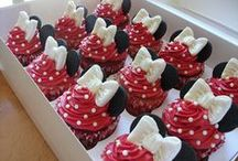♨ Cupcakes Idées ♨ / En manque d'inspiration pour décorer vos cupcakes ? Parcourez ce tableau ^^ / by Nathalie DAOUT - Social Media