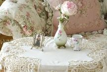 Shabby Chic / by Jeanie Hunt