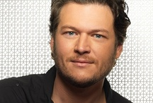 """Oh """"Blake Shelton""""..I can look"""