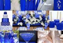 Bodas Color Azul / Con tintes de realeza y una aproximación evidente al azul marino, el azul cerúleo o azul celeste es uno de los colores en tendencia para bodas este año. Este tono, además de contener viveza y energía, posee la elegancia que necesitas para tu ceremonia o banquete de boda. Más info en http://www.entrenovias.com/ideas-para-bodas-color-azul.html