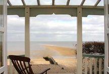 Coastal Living / Living by  the sea