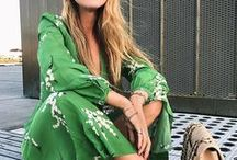 Fashion Green / Green is a gorgeous colour to wear and can liven up your outfit and help you stand out from the crowd.