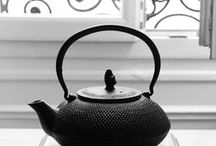 Teapots / quirky collection of teapots
