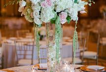 Centrepieces / Beautiful centrepiece and table settings for your next event ranging from the simple and unique to the extravagant!