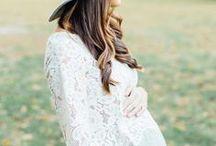 Being pregnant / Schwanger sein / Schwangerschaftsmode, Schwangerschaftstipps, Babybauch Fotoshootings, schöne Geschenke zur Geburt und alles was zum schwanger sein und zur Vorfreude auf das Baby dazu gehört!