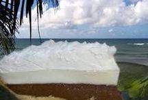 cakes n pies / by Tamera Slugantz