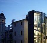 Ascensore circolare Giotto / L'ascensore per la casa dalle linee circolari, estremamente elegante e raffinato, ideale per vani scale tondi e ambienti dove il design e la ricercatezza sono elementi molto importanti
