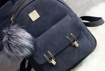 •{Bags & Purses}•