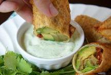 For the Foodie: Appetizers & Snacks / by Elizabeth Olwig