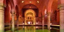 Top baños árabes de Granada / Una elección de los mejores baños árabes que puedes encontrar en Granada. Un disfrute para los sentidos. Los baños árabes en Granada forman parte de su esencia desde tiempos de construcción de la Alhambra.