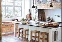 Kitchens / by Apolline