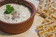 Griekse recepten / De heerlijkste Griekse recepten om van te watertanden. Van frisse tzatziki tot moussaka comfortfood.
