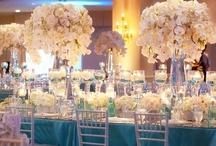 Wedding: Ceremony & Reception Flowers & Decor / by The Chic Brûlée