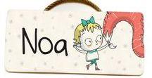 Deco FEROZ / Decoración y accesorios personalizados para los más pequeños. Ideas que regalar para recordar sus primeros pasos. Láminas con frases inspiradoras, carteles de madera con su nombre, cuento totalmente personalizado... ¡Visita esta sección de la web!