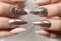 Nails / Are you going to fix your nails but don't know how you want to have them? Maybe I can help you with some ideas.