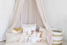 Girls Bedroom Ideas / Decoration, design and furniture ideas for a girls princess bedroom! Imperfect Mummy | Parenting the best I can | Realistic Motherhood | www.imperfectmummy.com
