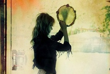 """☾ gypsy dream ☽ / """"Stay where there are songs"""" - Gypsy Proverb / by Hannah Wigram"""