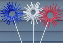 Patriotic Crafts for Kids / Memorial Day, 4th of July, and any onther fun reason to celebrate the Red,White, and Blue. From crafts for kids to easy recipes.  Perfect for your Fourth of July celebration.