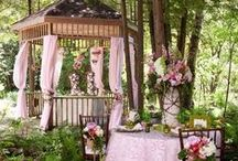 OUTDOOR SPACE / by Lynn